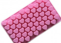 Valentines Day Silicone Heart Shape Mold ! ONLY $3.26 Shipped!