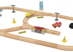 KIDKRAFT Disney Pixar Cars 3 Build Your Own 55 Piece Wooden Racetrack