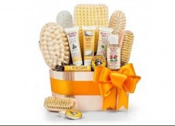 Enter to Win a Burt's Bees Spa Gift Basket!