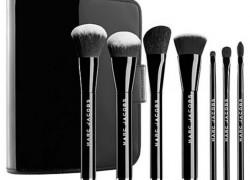 Win a Set of Marc Jacobs Must Have Make up brushes!
