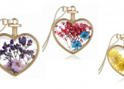 REAL Flower Necklaces – BEAUTIFUL ! ONLY $2.88 SHIPPED!