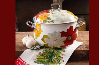 Pioneer Woman Poinsettia Dutch Oven ONLY $17.43 !