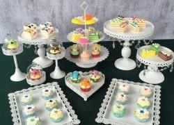 Win a Crystal Dessert Display Set!!! $150 Value