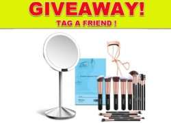Win $179 Make up Tool kit. Mirror and Brushes!