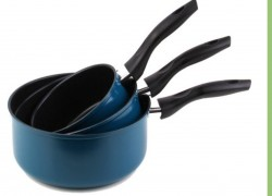 3-Piece Non-Stick Saucepan Set for $4.31 ( Reg. $29.99 )