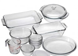Win a Glass Baking Dish Set!
