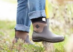 ENTER TO WIN MUCK BOOTS FOR WHOLE FAMILY
