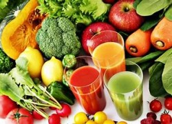 Who Juices?? Win a $325 Juicing set!!